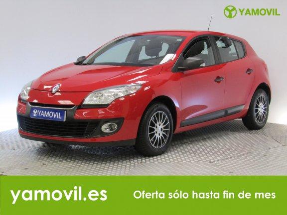 Renault Megane 1.6i AUTHENTIQUE 100CV