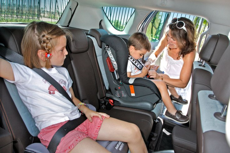 seguridad-infantil-coches-06