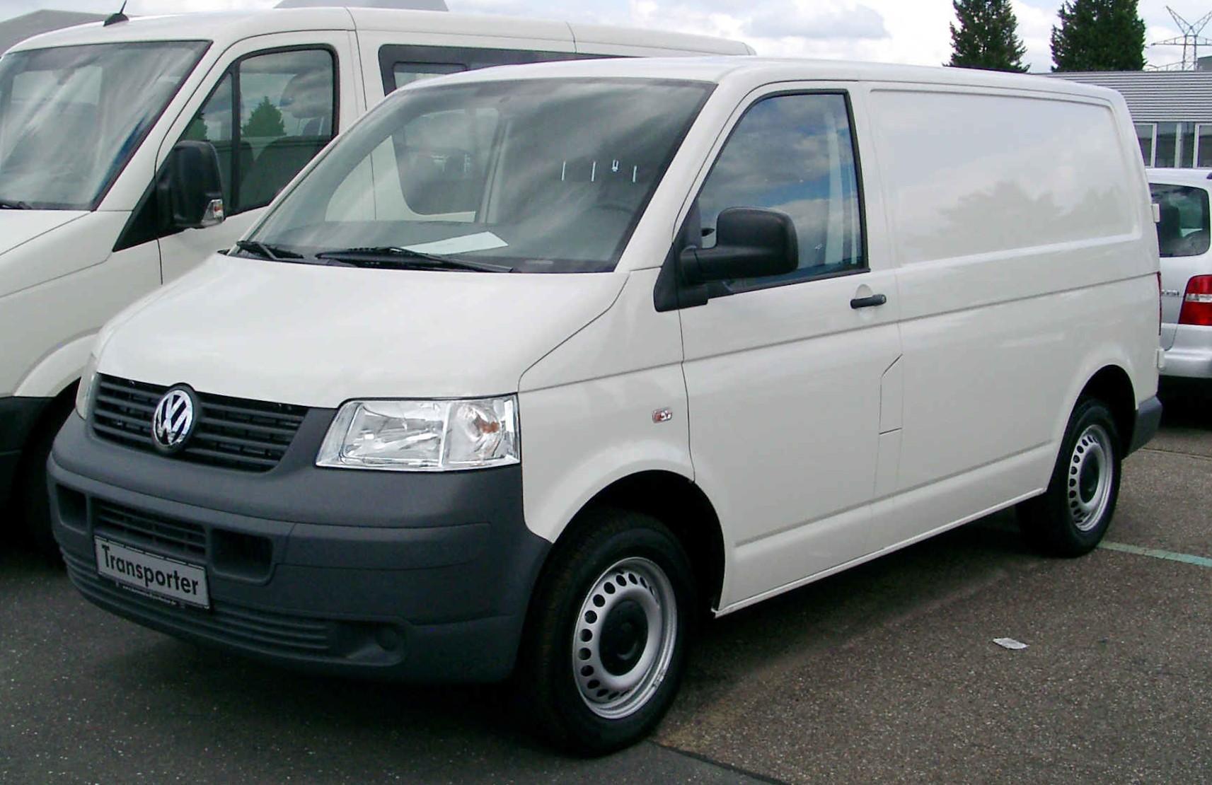 volkswagen-transporter-kombi