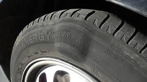 bultos en el neumático